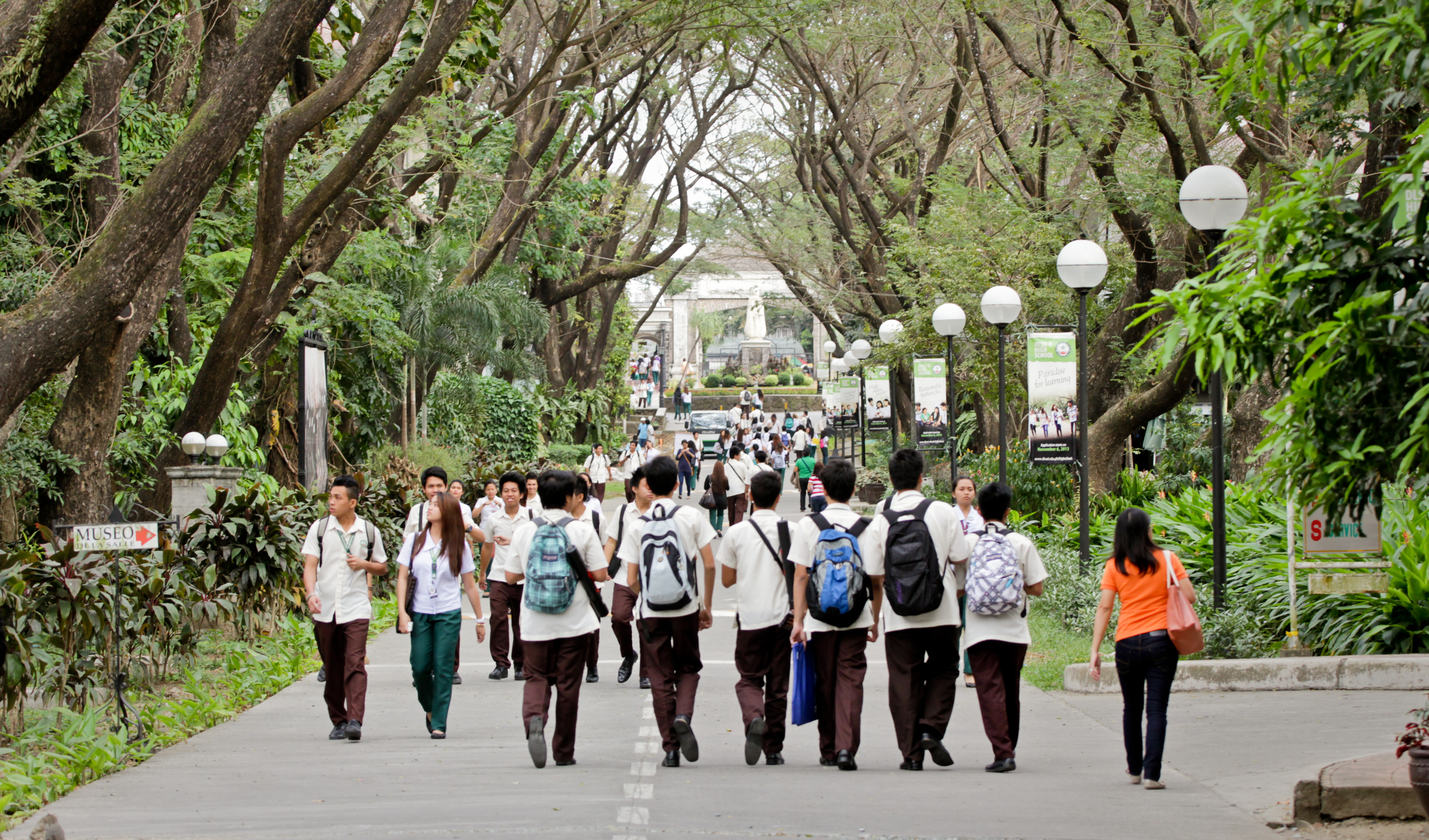Lake Avenue (East Campus)